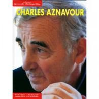 AZNAVOUR C. GRANDS INTERPRETES PIANO CHANT GUITARE