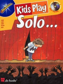 KIDS PLAY SOLO FLUTE