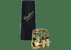 LIGATURE SAXOPHONE SOPRANO VEIL OR  VANDOREN LC56AP+ COUVRE BEC PLASTIQUE